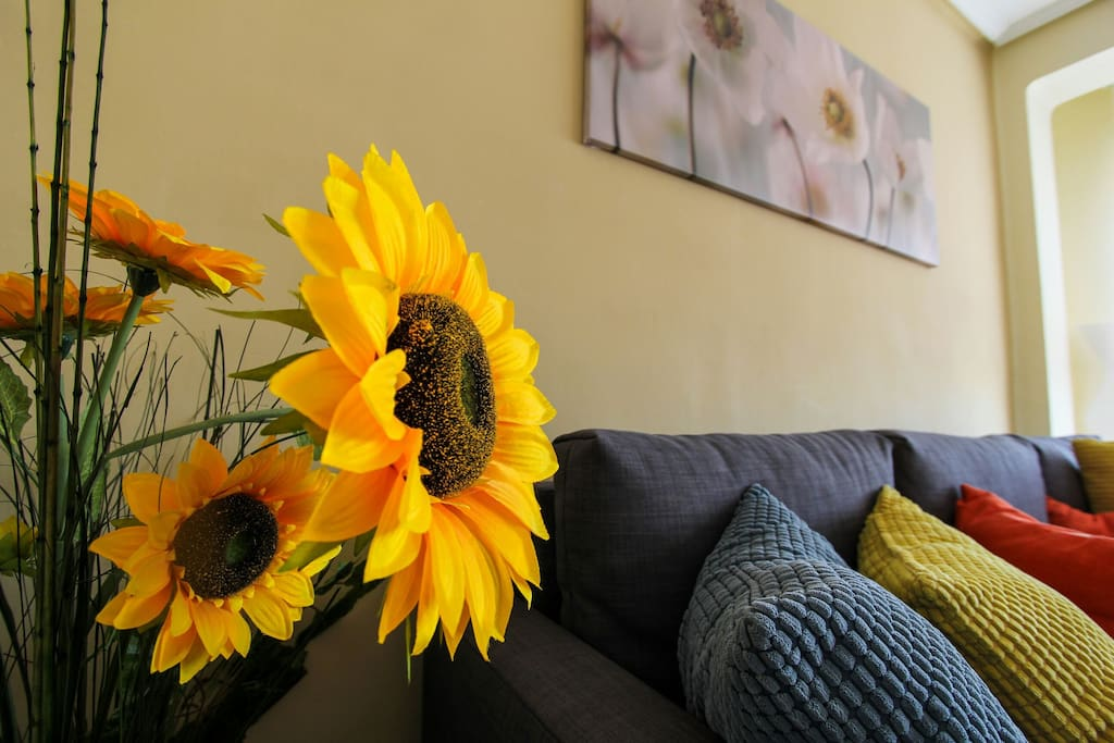 Girasoles salon - Sunflowers in the living room