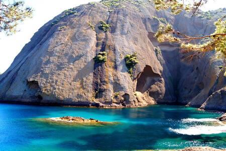 Jolie villa avec piscine proche de cassis 5m plage - Ceyreste - House