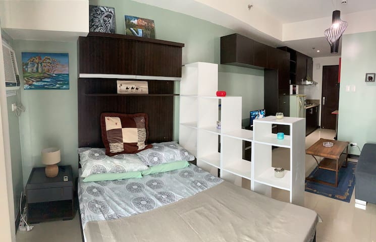 Fully Furnished Studio Unit at Pioneer Mandaluyong