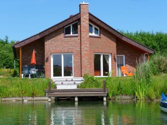 Ferienhaus Stella Maris: Separater Wellnessraum - hauseigenes Boot!
