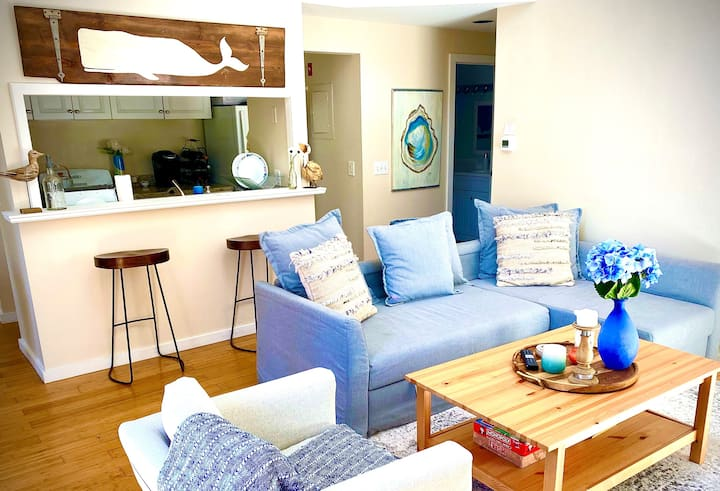 Modern 2BDRM Cape Condo: New Seabury All Season