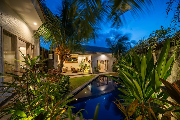 12mio /MONTH /ALL IN/ 3BDRM *PRIVATE VILLA*CANGGU