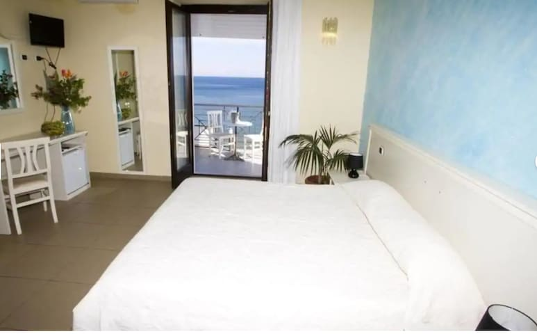Cicasub Guest House And Holiday Homes Double Room 1