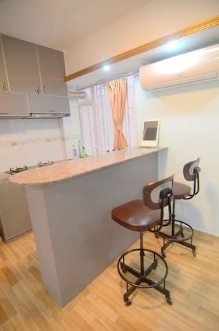 Newly Renovated  apartment in Wan Chai, Hong Kong - Hong Kong - Apartamento