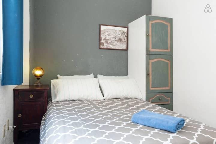 Chambre double avec matelas à mémoire de forme