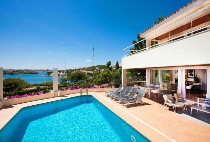VILLA LANTANA - Class and style with incredible views over Mahon harbour