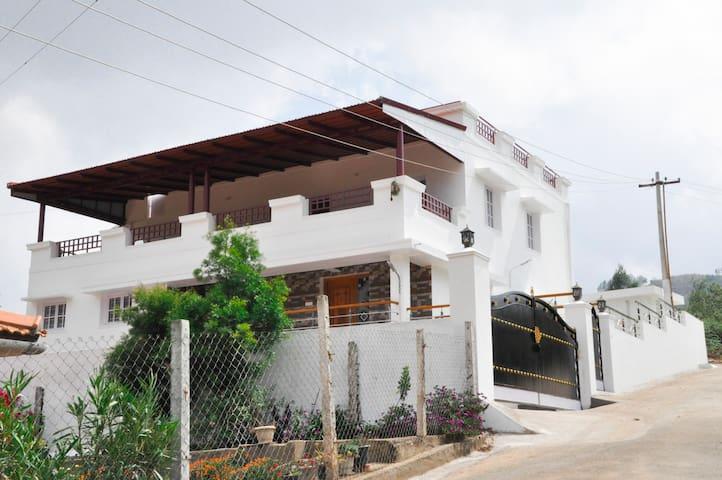 SPM Cottages