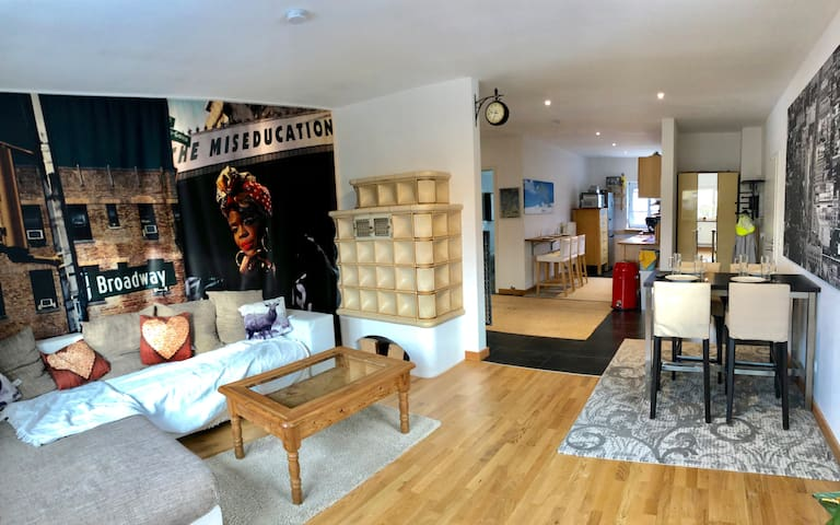 Modern cozy apartment with Wifi and Int. IPTV