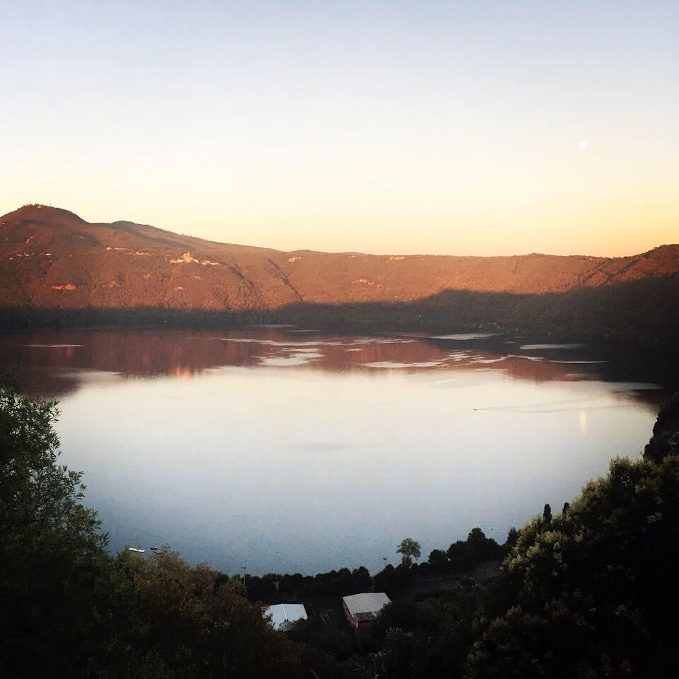 Veduta del Lago Albano