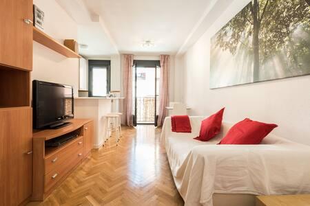 Nice & luminous apt in the heart of Madrid. ;) - Madrid - Condominium