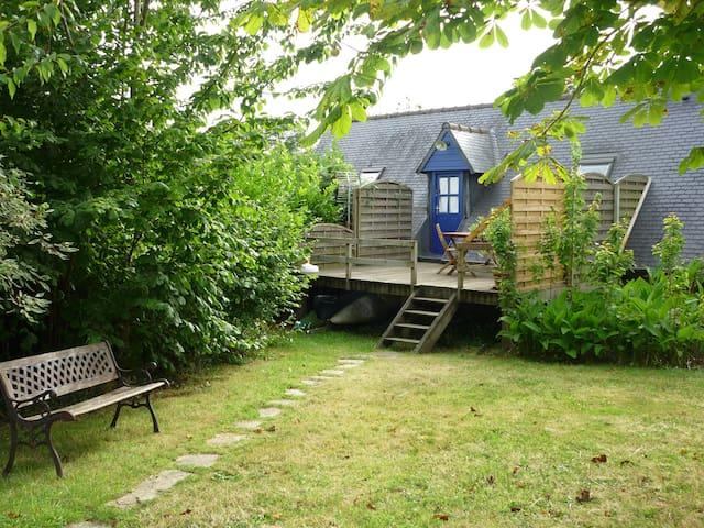 Bel Appartement /Maison à louer  1,5 Km de la mer - Trédrez-Locquémeau - Casa