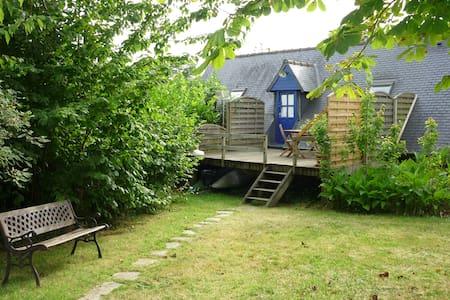 Bel Appartement /Maison à louer  1,5 Km de la mer - Trédrez-Locquémeau - House