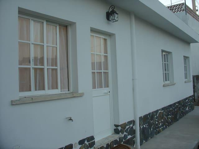 Casa da Joana - tranquilidade a 15 min de Lisboa