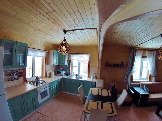 Russian Country Cottage For Summer and Winter Fun - Bronnitsy - 獨棟