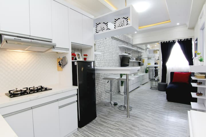 The Suite @ Metro Apartment By MM Pro - 2 BR