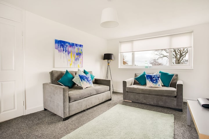 Stunning Apartment in East Kilbride near Calderglen Park
