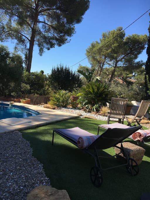 villa avec vue mer piscine nature d tente villas. Black Bedroom Furniture Sets. Home Design Ideas