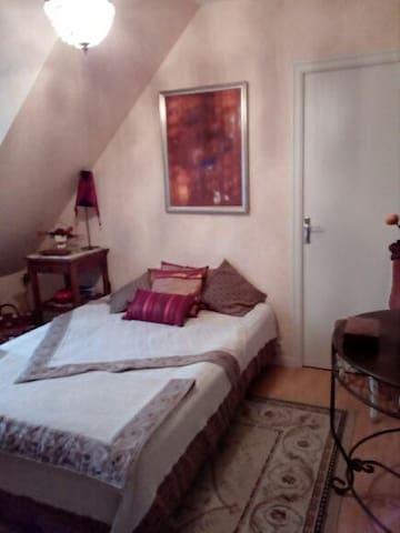 Chambre dans maison proche Mont-Saint-Michel