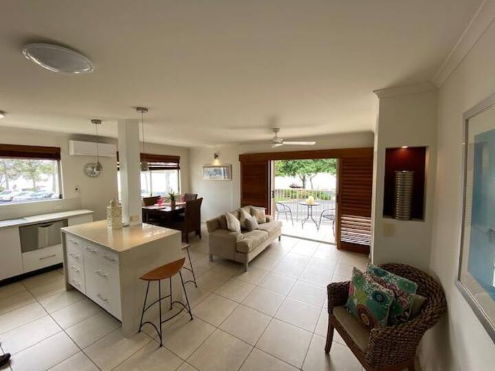 Noosa River absolute waterfront views