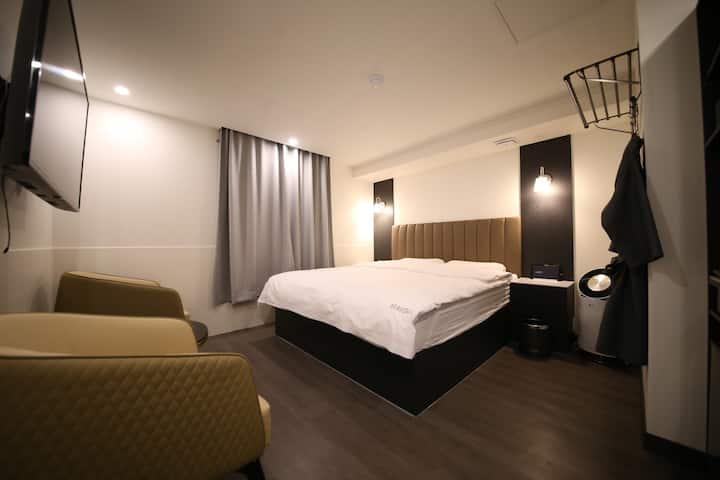 평촌/내손동 깨끗하고 스마트한 호텔