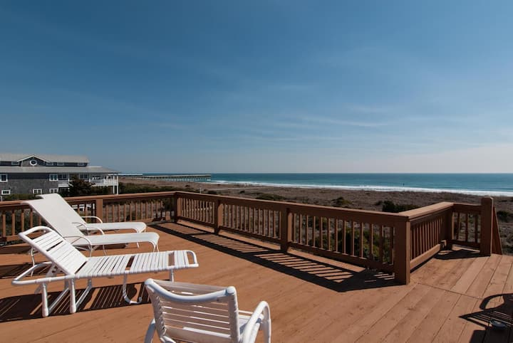 Fox/Keeney (North Unit)-North end oceanfront duplex with upper deck for tanning and relaxing