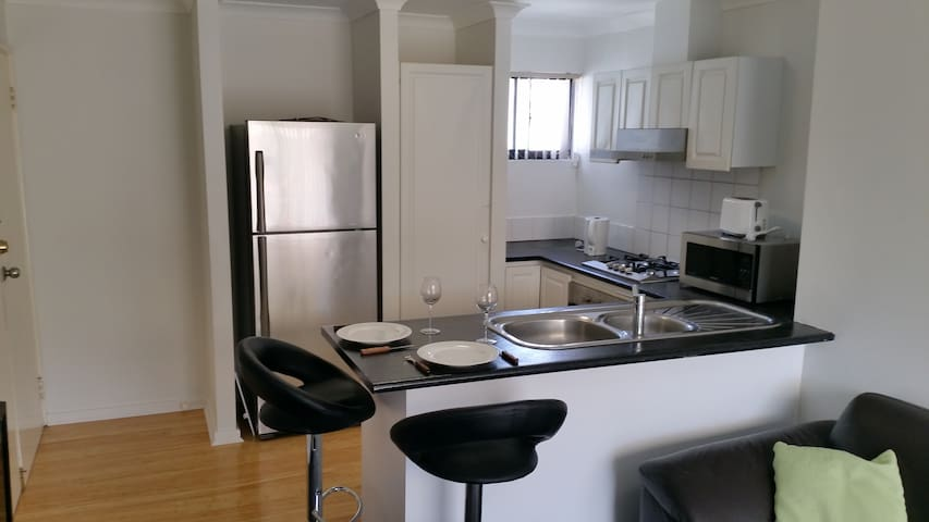 Studio Apartment - Joondalup - Apartment