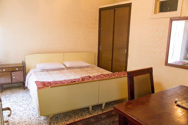 Private Room Double Bed - Amman - Bed & Breakfast