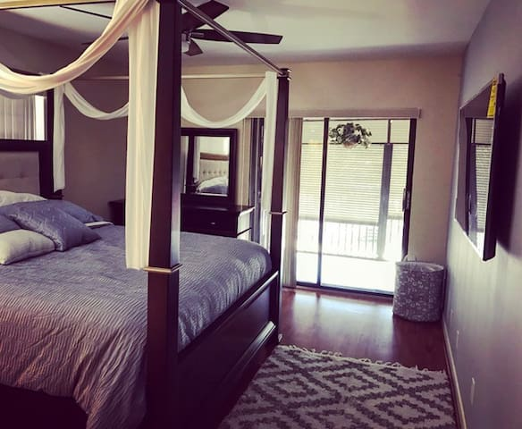 5 Star Modern Two Bedroom Two Bathroom Condo - Deerfield Beach - Kondominium