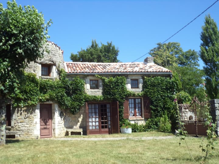 Traditional Charentais cottage with tower