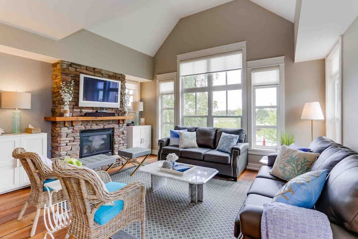 Luxury condo located in Blue Mountain