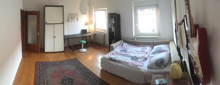 Bright and cozy room up to 2 Persons in Zellerau