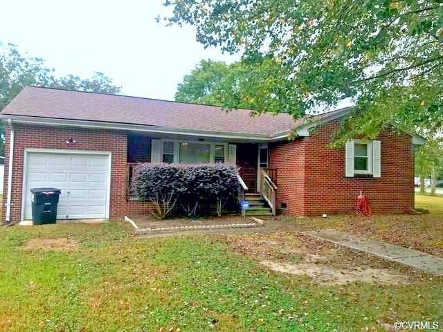 Cozy home close to VSU and Ft Lee!