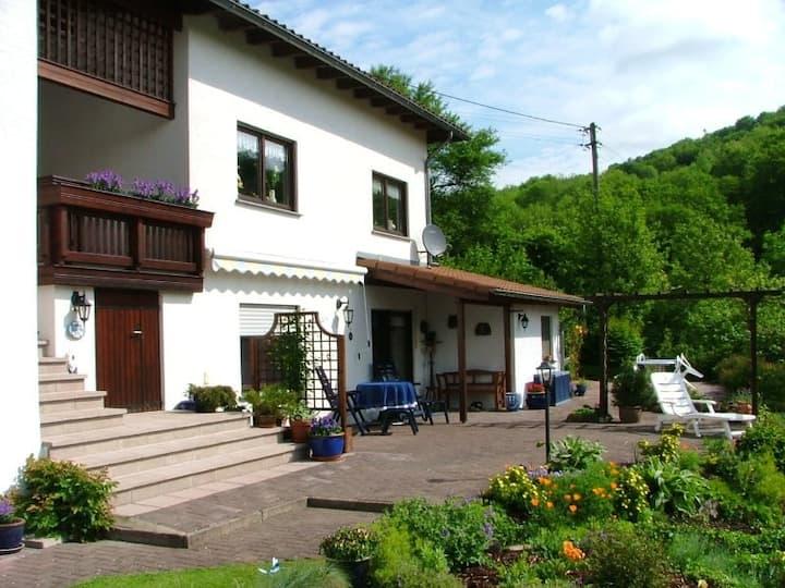 Ferienwohnung Haus Bonny, Bollendorf