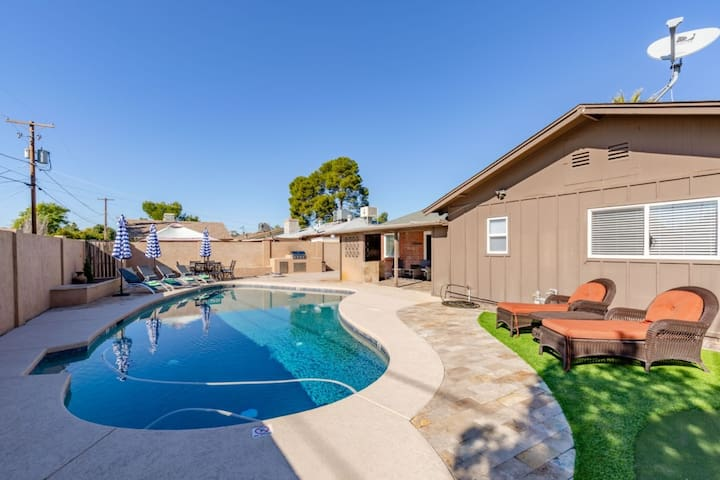 BRAND NEW! PRIVATE POOL WITH THE BEST LOCATION!