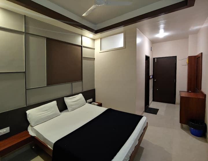 Budget Hotel in Majestic Gandhinagar