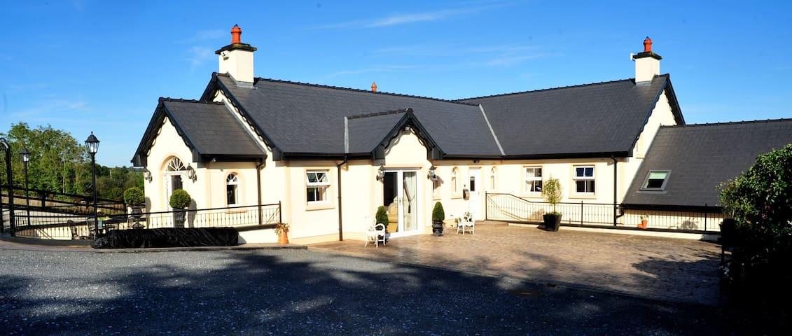 Fort Lodge Farm House, Ennis co Clare