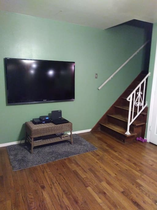 Big screen TV/Livingroom area