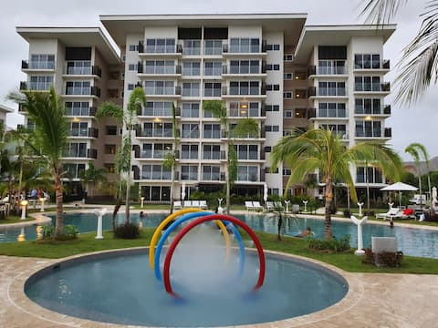 Cozy 2 bedroom apartment at Playa Caracol