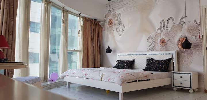 Luxury room in the heart of Bur Dubai