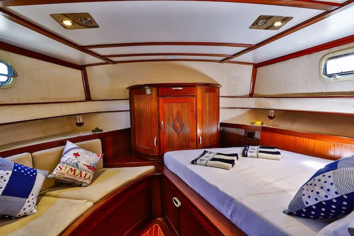 Kastellorizo - Meis Cruise with Crew - Kastellorizo - 船