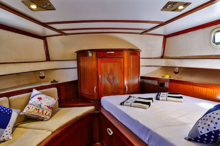Kastellorizo - Meis Cruise with Crew - Kastellorizo - Båd