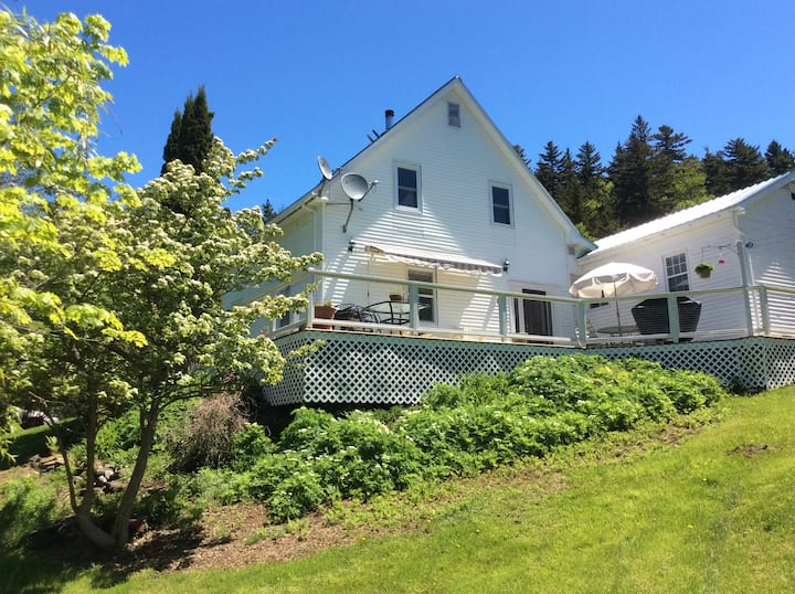 Two room suite at beautiful Clam Cove, Deer Island