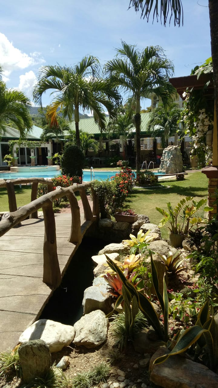 White Beach La Solana Resort