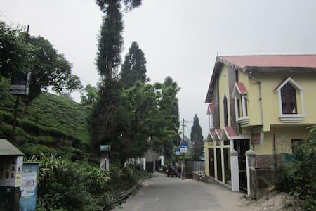 merry vilas - Kurseong