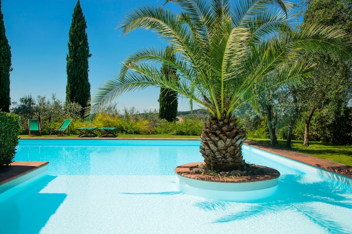 Villa Escape Florence Countryside Shared Pool