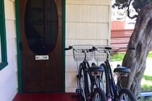 2 beach cruisers to hop and and enjoy Pacific Beach!