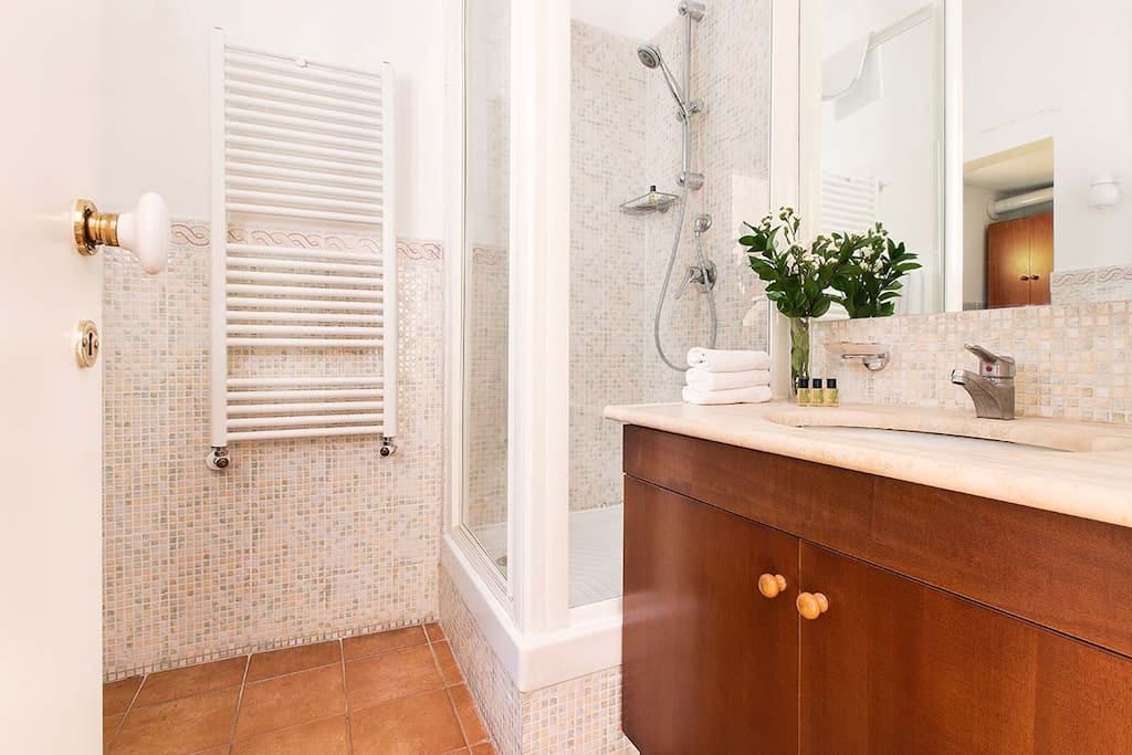 One bedroom holiday apartment in Campo de Fiori neighborhood - Bathroom