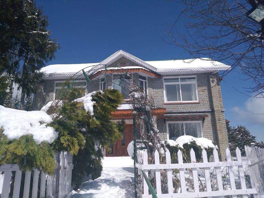 'Shvetanjali' clad in snow in the winter