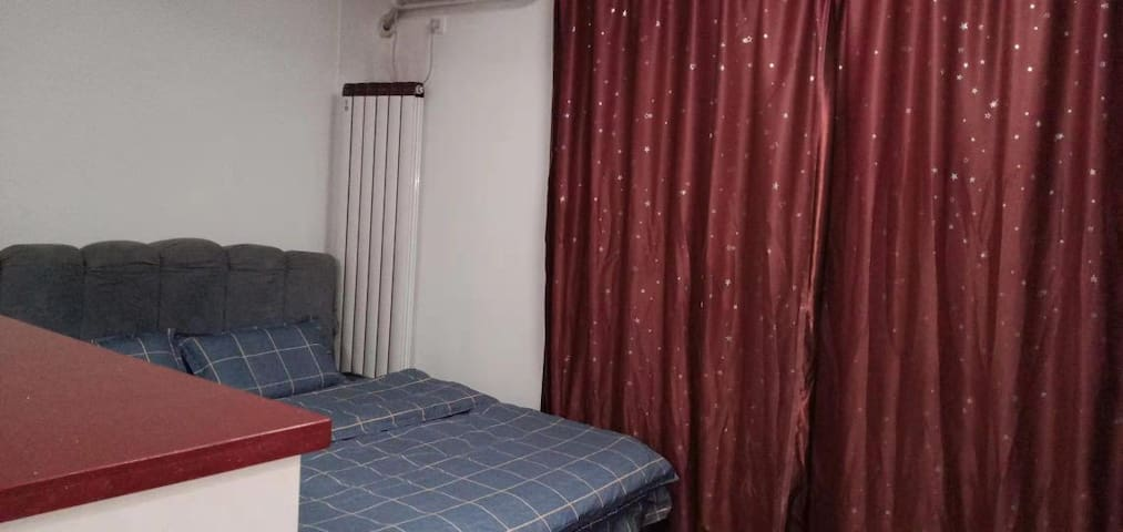 远洋城时光公寓清新大床房