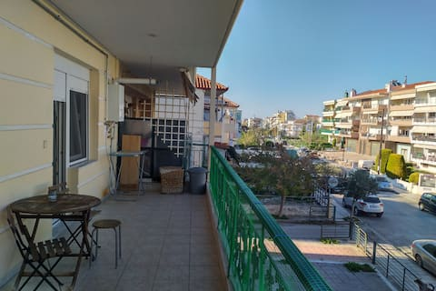 Cozy Apartment 5min from beach,